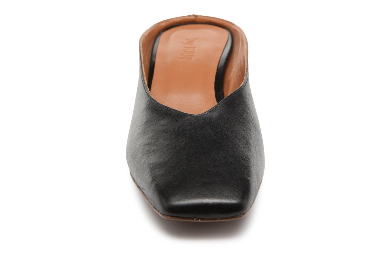 Grandes descuentos últimos zapatos By Far Karen (Negro) - Zuecos Descuento