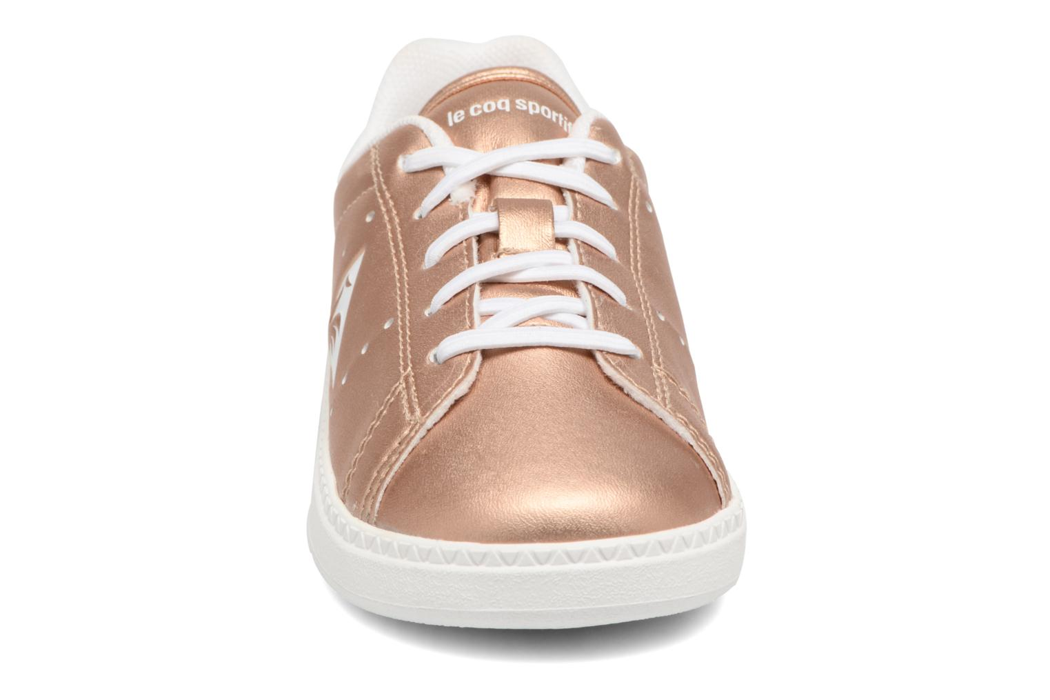 Trainers Le Coq Sportif Courtone Inf Metallic Bronze and Gold model view