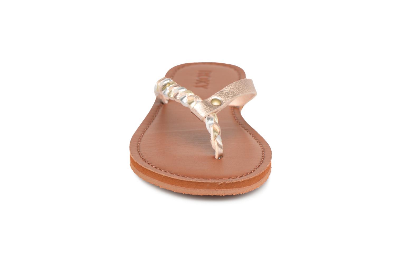 Tongs Roxy Livia Or et bronze vue portées chaussures