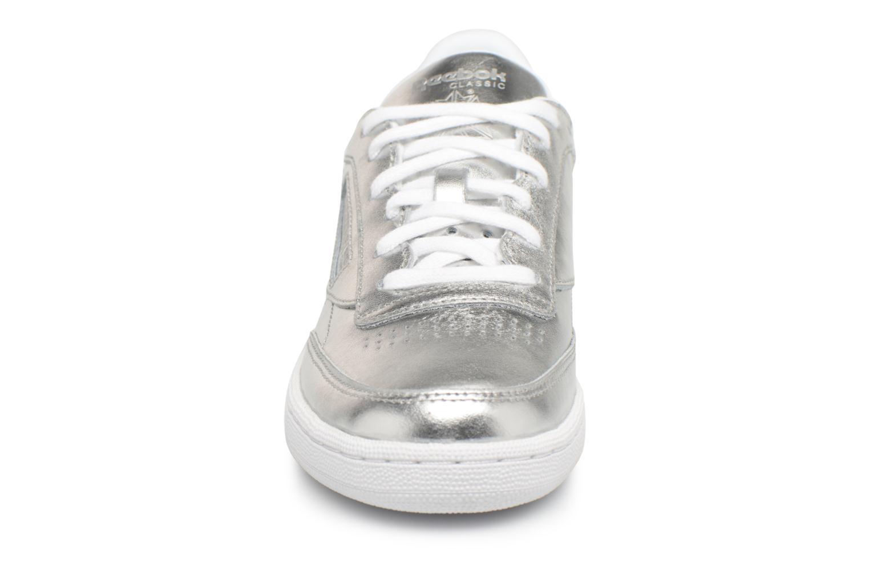 Baskets Reebok Club C 85 S Shine Argent vue portées chaussures