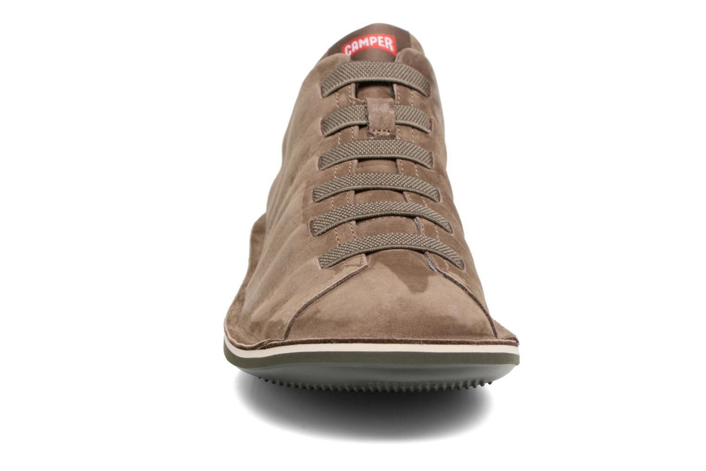 Baskets Camper Beetle 18751-066 Marron vue portées chaussures