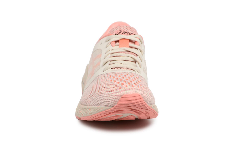 Chaussures de sport Asics Roadhawk Ff Sp Rose vue portées chaussures