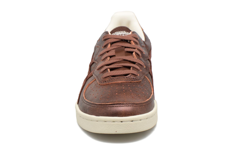 Sneakers Asics Gsm Bordeaux model