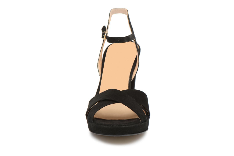 Sandales et nu-pieds Georgia Rose Lypatou Noir vue portées chaussures