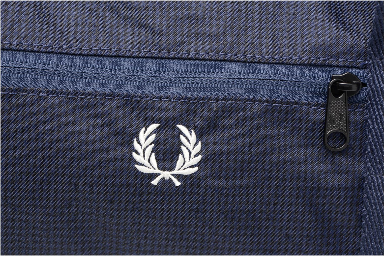 Sporttaschen Fred Perry Checked Twill Barrel bag blau ansicht von links
