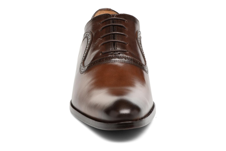 Chaussures à lacets Brett & Sons Will Marron vue portées chaussures