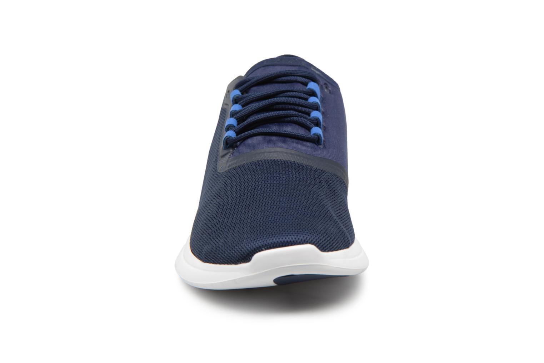 Baskets Lacoste LT FIT 118 4 Bleu vue portées chaussures