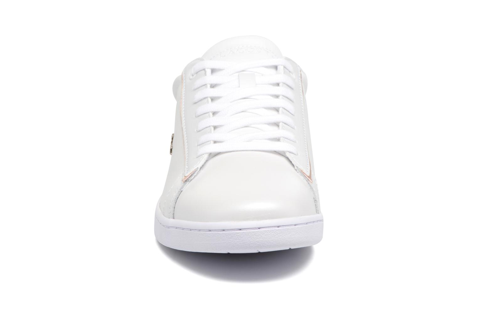 Baskets Lacoste CARNABY EVO 118 6 Blanc vue portées chaussures