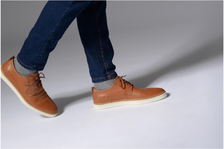 Chaussures à lacets Mr SARENZA Suriva Marron vue bas / vue portée sac