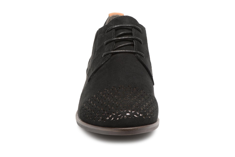 Chaussures à lacets Tamaris Romarin Noir vue portées chaussures