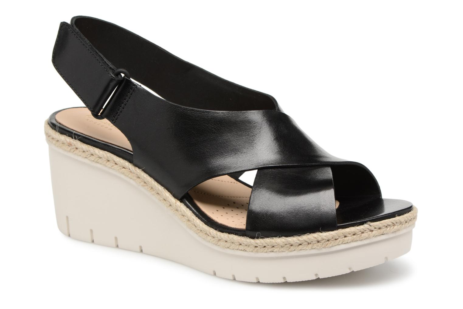 Sandals Clarks Palm Glow Black detailed view/ Pair view