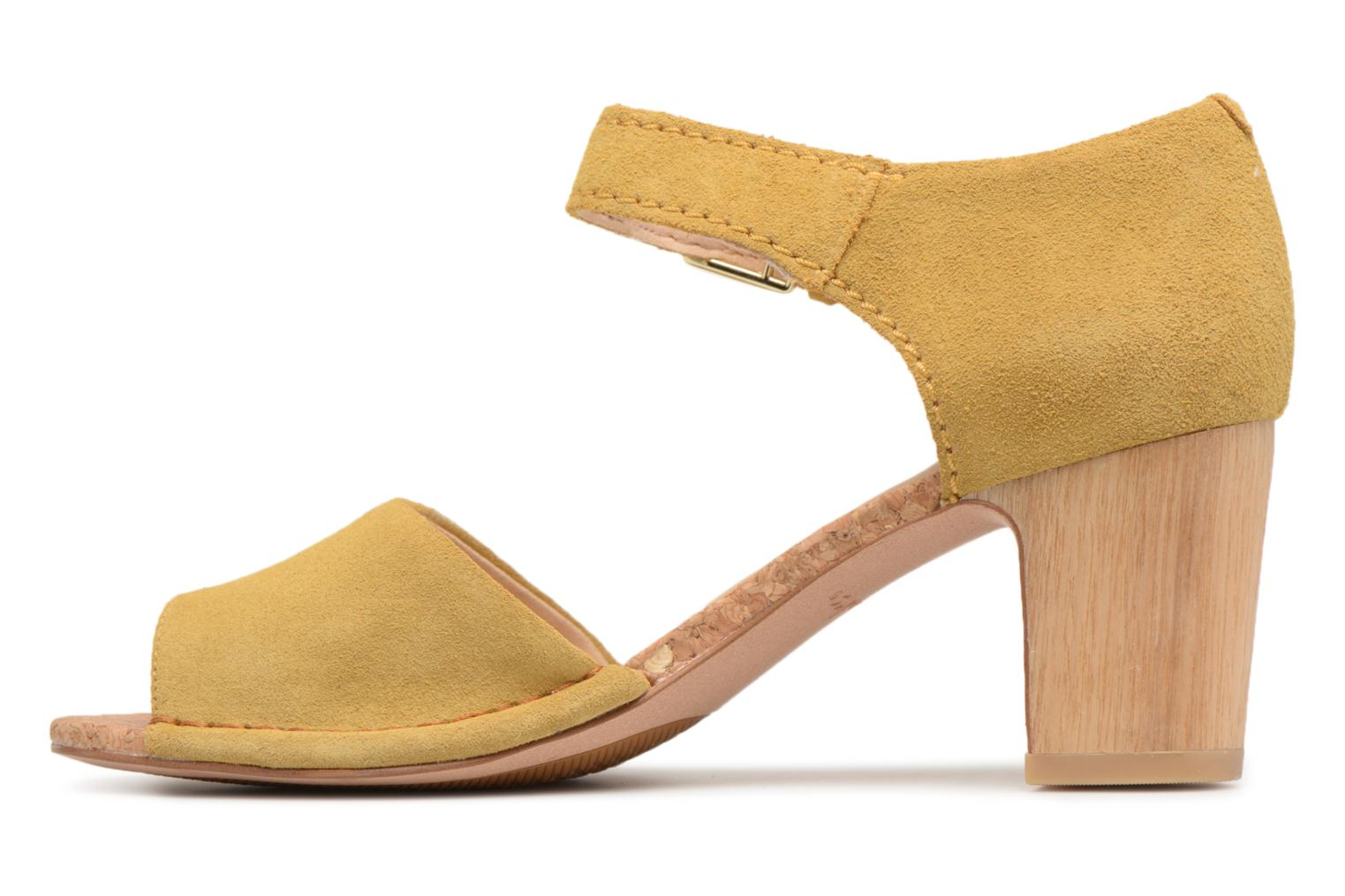 Sandals Clarks Spiced Olivia Yellow front view