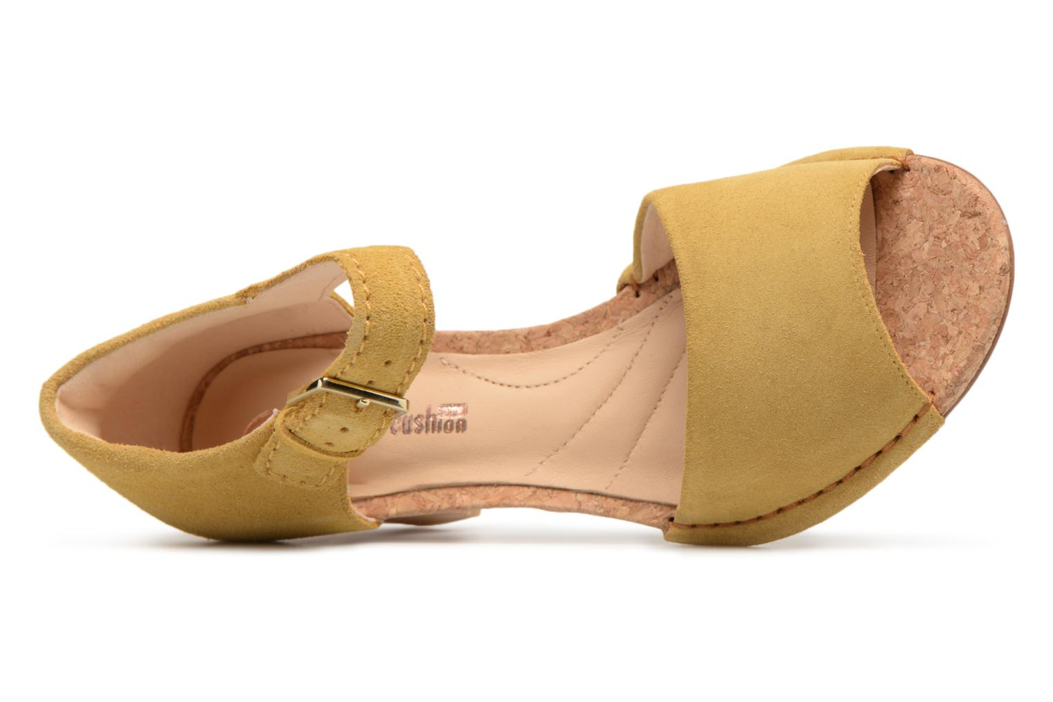 Sandals Clarks Spiced Olivia Yellow view from the left