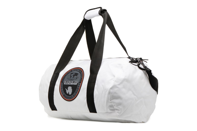 Sporttaschen Napapijri Hoyal Duffle weiß schuhe getragen