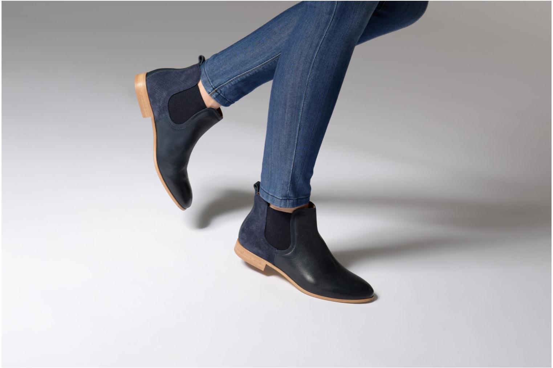 Bottines et boots Georgia Rose Aniline Bleu vue bas / vue portée sac