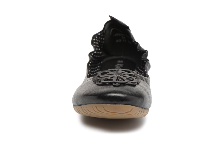 Ballerines Kickers Rommy Noir vue portées chaussures