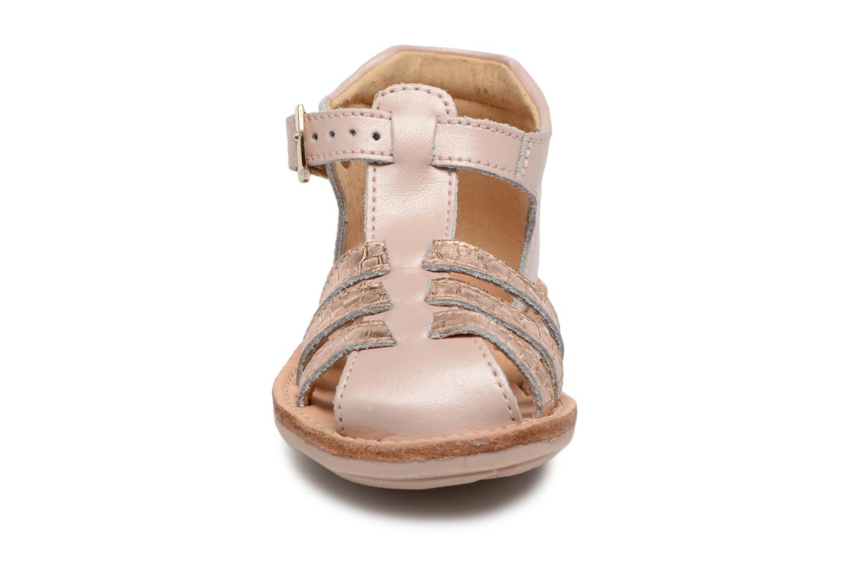 Sandales et nu-pieds Minibel Kegepy Rose vue portées chaussures