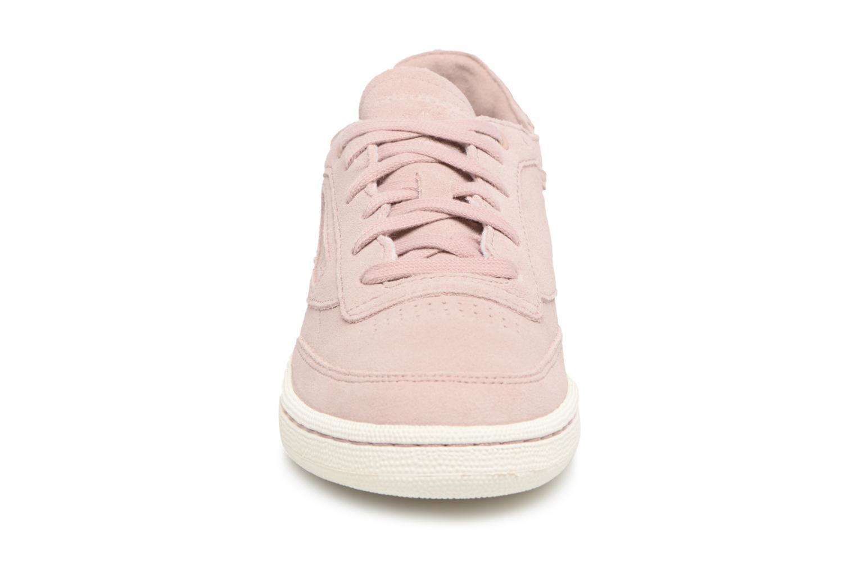 Baskets Reebok CLUB C 85 FBT DECON Rose vue portées chaussures