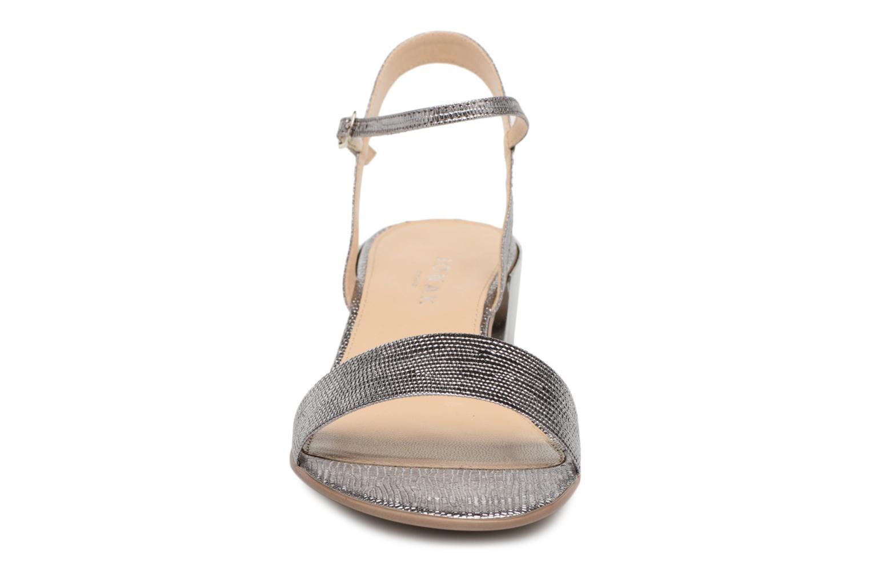 Sandales et nu-pieds Jonak VIO Argent vue portées chaussures