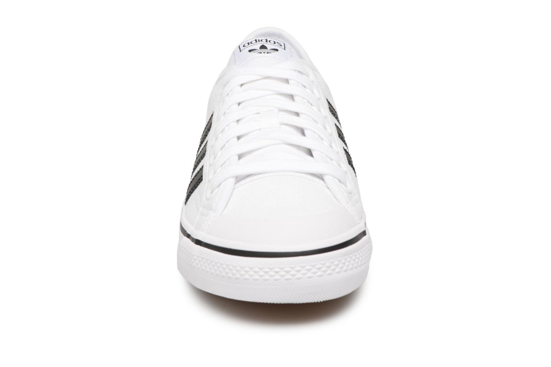 Sneakers Adidas Originals NIZZA Wit model
