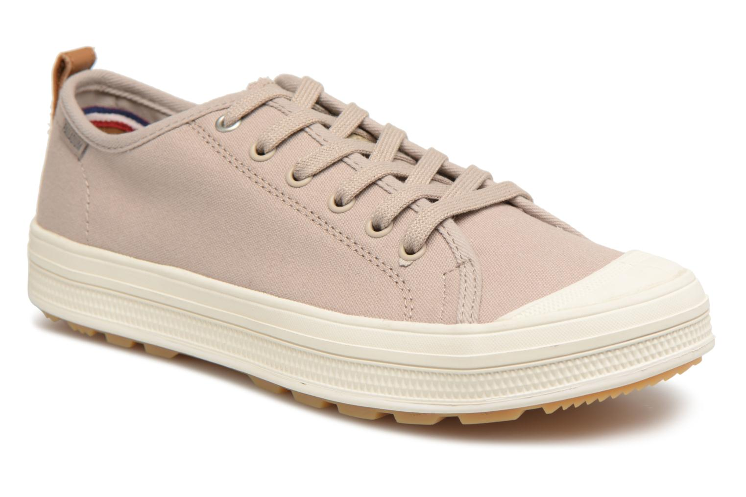 Palladium Sub Low Cvs M (Beige) - Baskets chez Sarenza (323528)