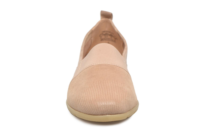 Mocassins Caprice Manoa Beige vue portées chaussures