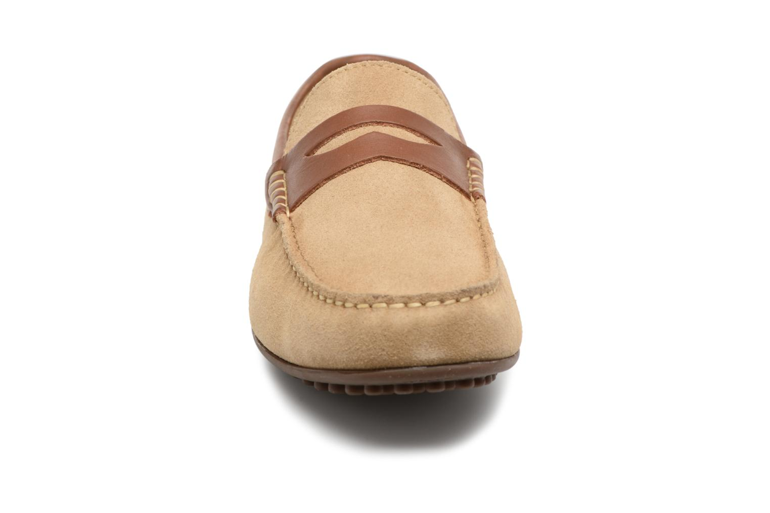Loafers Marvin&co Scotland Beige model view