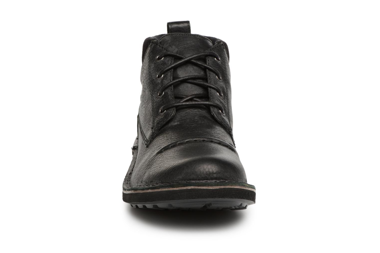 Bottines et boots Clarks Lawes Top Noir vue portées chaussures