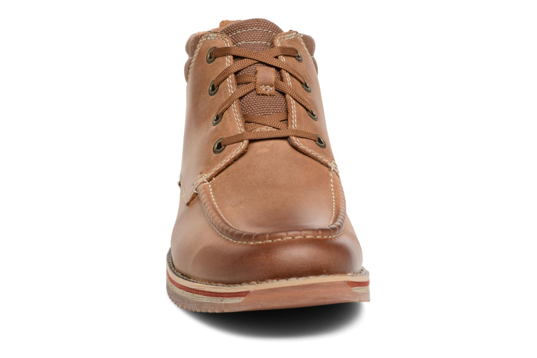 Boots en enkellaarsjes Clarks Katchur Top Bruin model