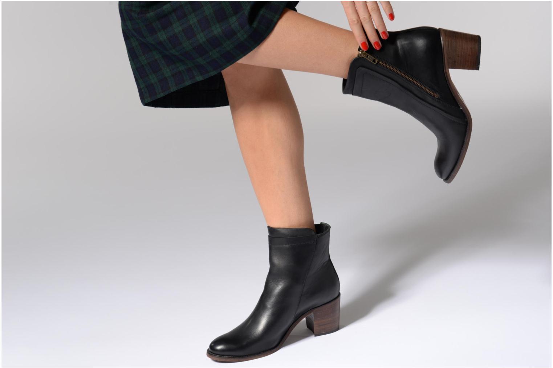 Bottines et boots Kickers JESSY Marron vue bas / vue portée sac