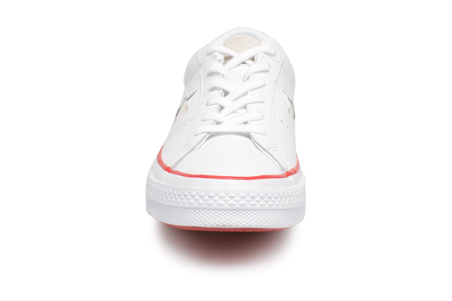 Baskets Converse One Star New Heritage Ox Blanc vue portées chaussures