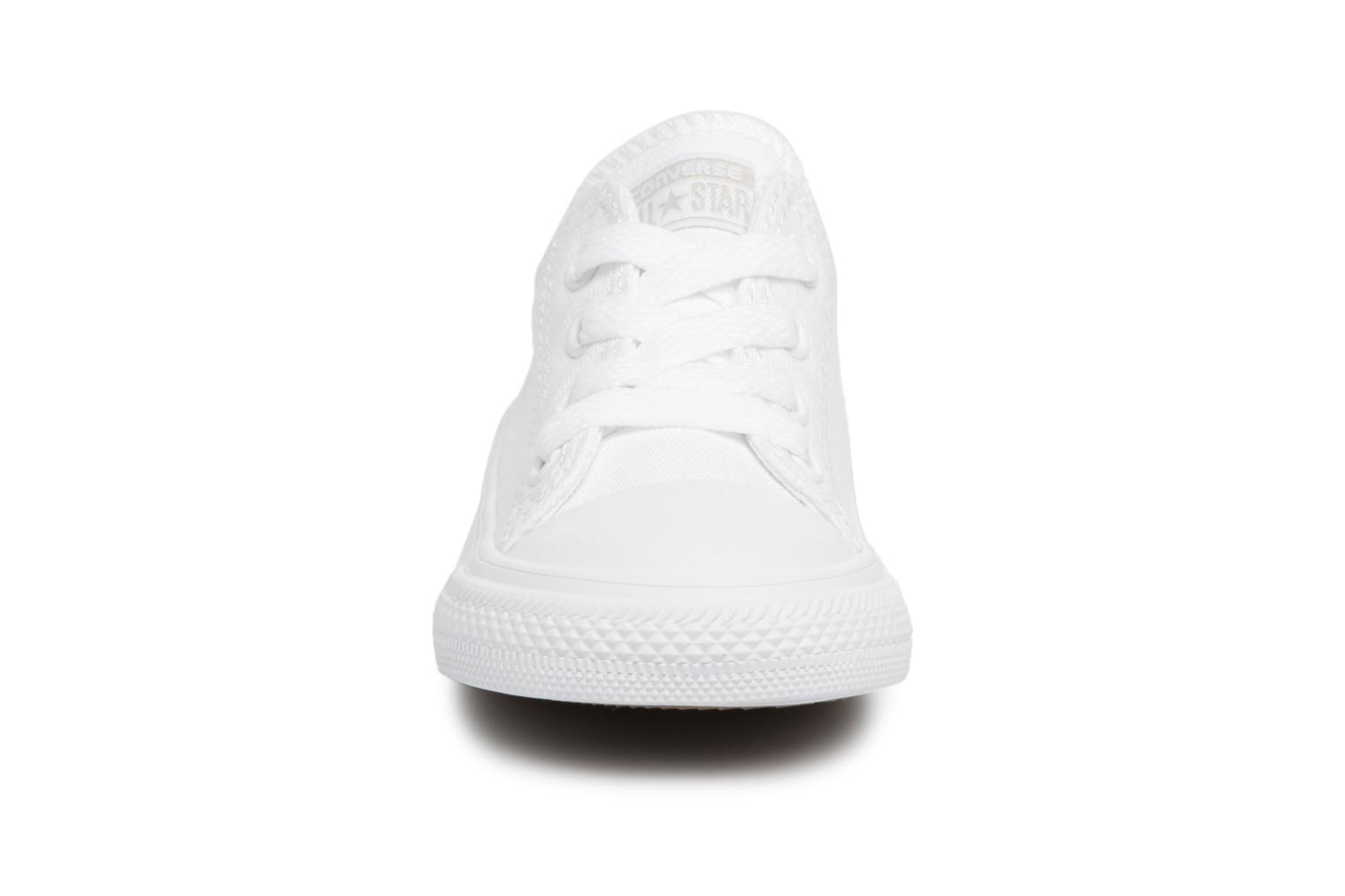 Baskets Converse CT AS OX WHITE MONOCHROME Blanc vue portées chaussures