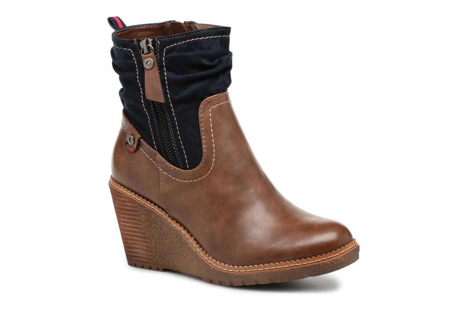 Ankle boots Refresh 63995 Brown detailed view/ Pair view