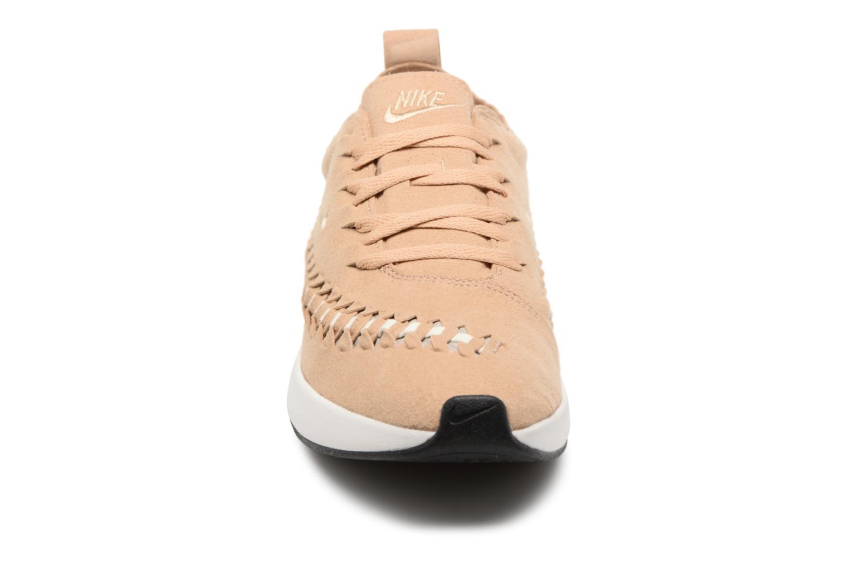 Sneaker Nike W Dualtone Racer Woven beige schuhe getragen