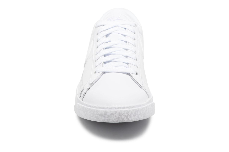 Sneakers Nike W Blazer Low Ess Wit model