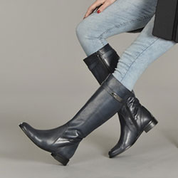 Women's boot size