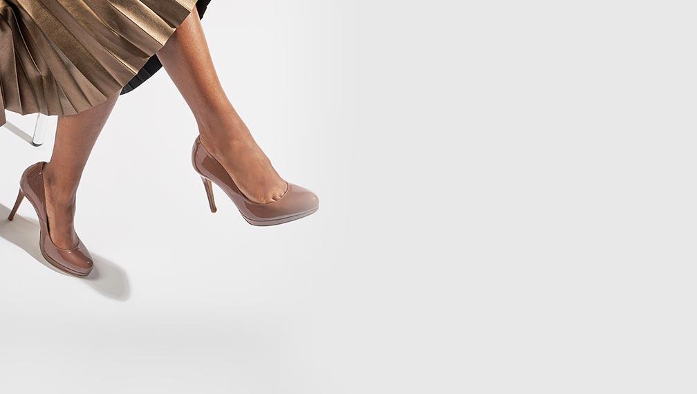 Escarpins beige à plateforme