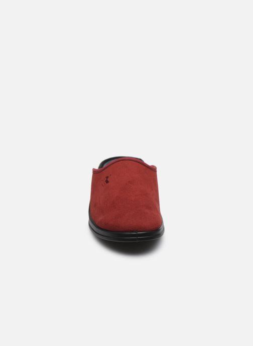 Pantuflas Romika Remo 122 Rojo vista del modelo