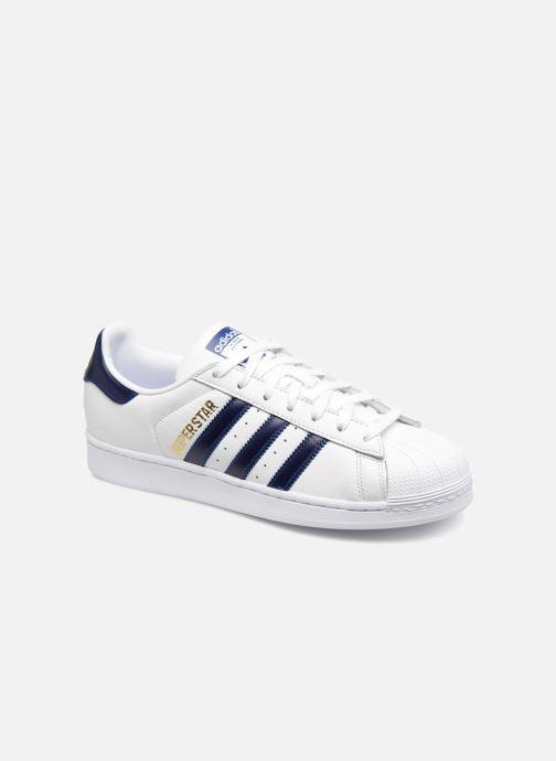 Baskets adidas originals Superstar Blanc vue détail/paire