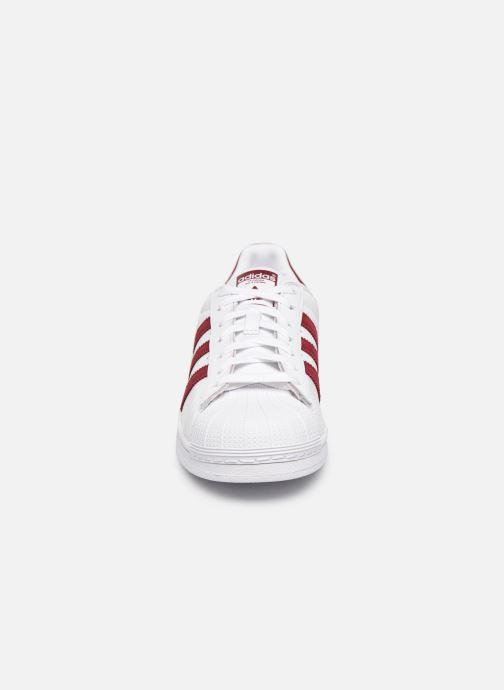 Sneakers adidas originals Superstar Vit bild av skorna på
