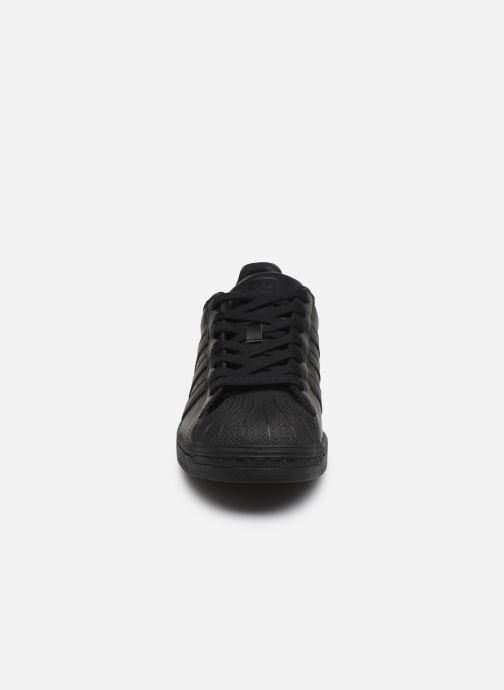 Sneaker adidas originals Superstar schwarz schuhe getragen