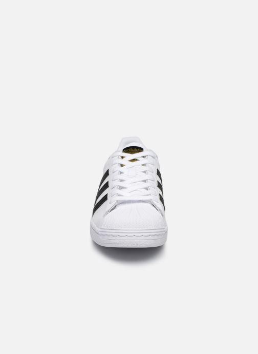 Deportivas adidas originals Superstar Blanco vista del modelo
