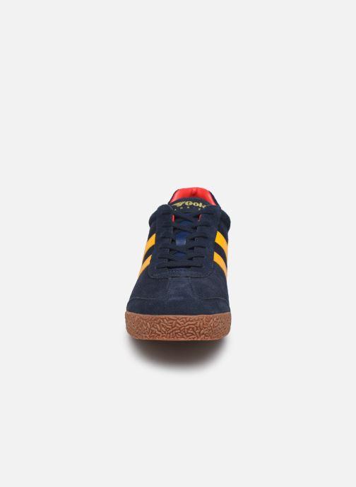Baskets Gola Harrier Suede Bleu vue portées chaussures