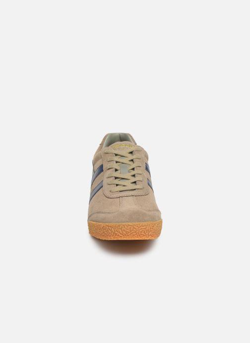 Baskets Gola Harrier Suede Gris vue portées chaussures