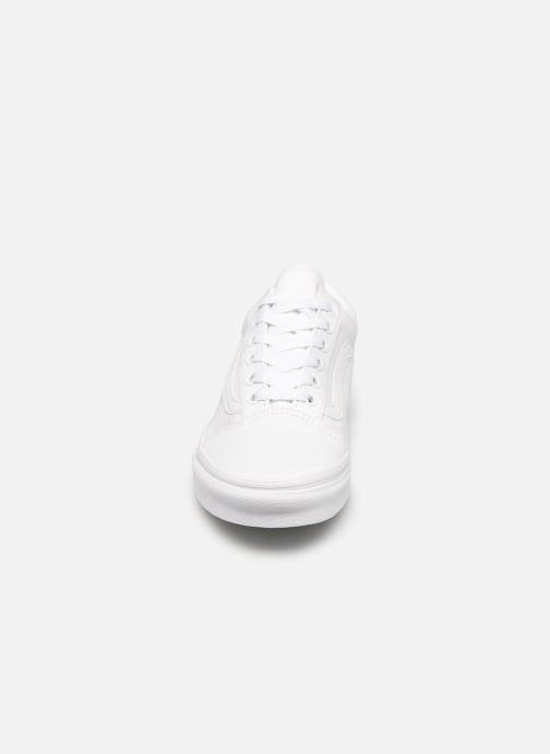 Sneaker Vans Old Skool W weiß schuhe getragen