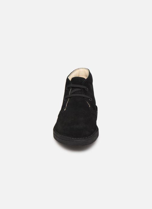 Botines  Clarks Desert Boot Negro vista del modelo