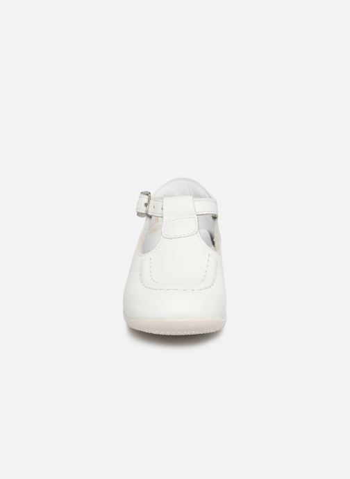 Bottines d'été Kickers Bonbek Blanc vue portées chaussures