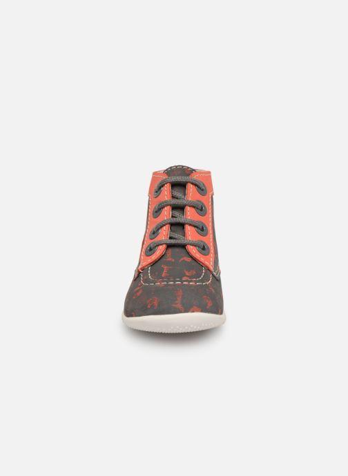 Stivaletti e tronchetti Kickers Bonbon Grigio modello indossato