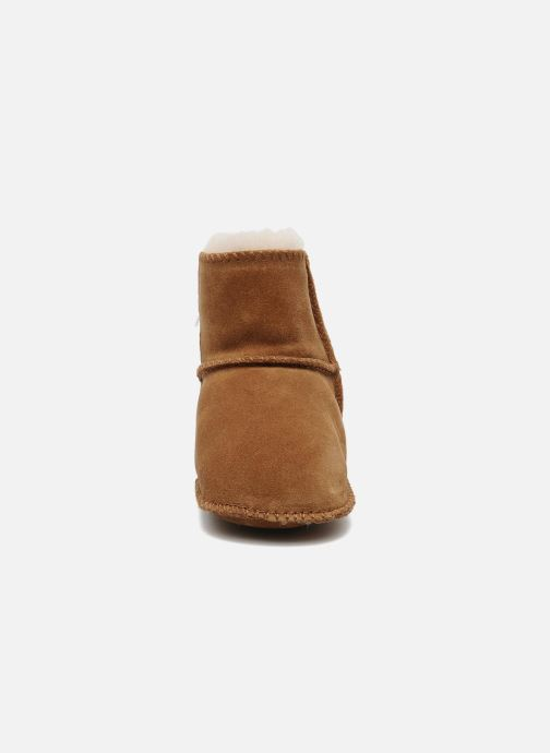 Ankle boots UGG Erin Beige model view