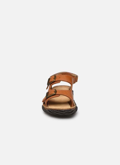Sandales et nu-pieds Stones and Bones Wham Marron vue portées chaussures